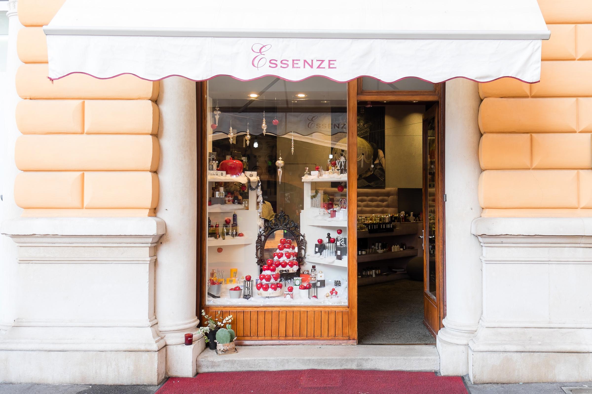 Miss_Claire_Christmas_Shop-1030
