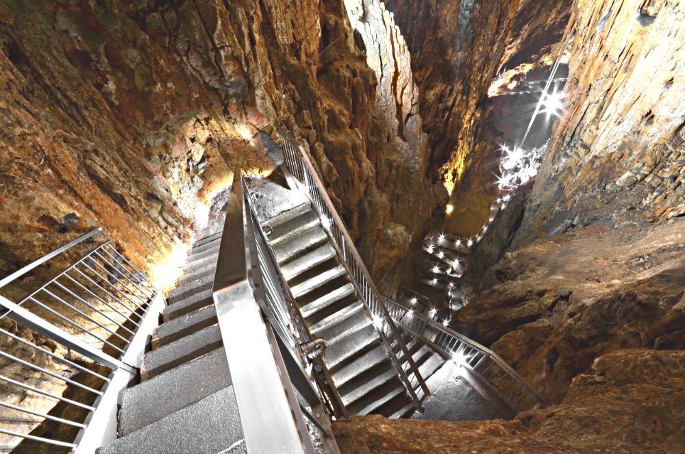grotta-gigante-missclaire4