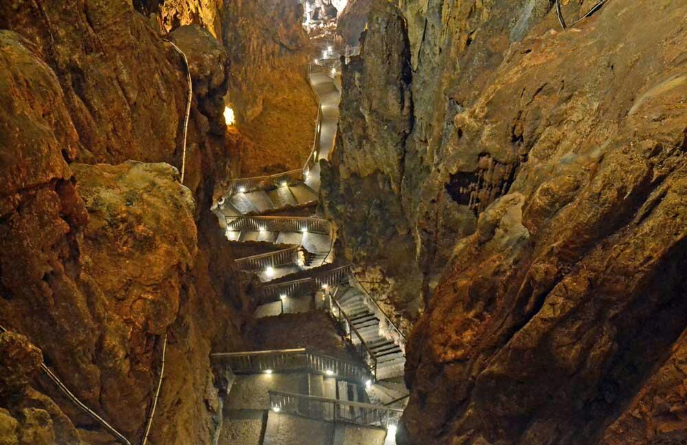 grotta-gigante-missclaire5