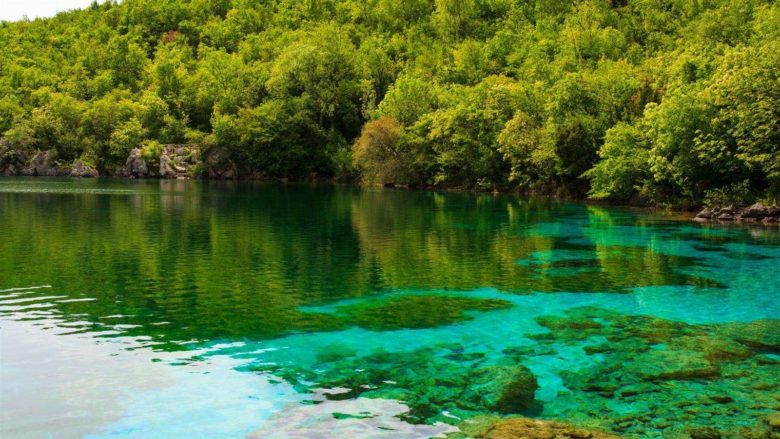 lago-del-cornino-missclaire